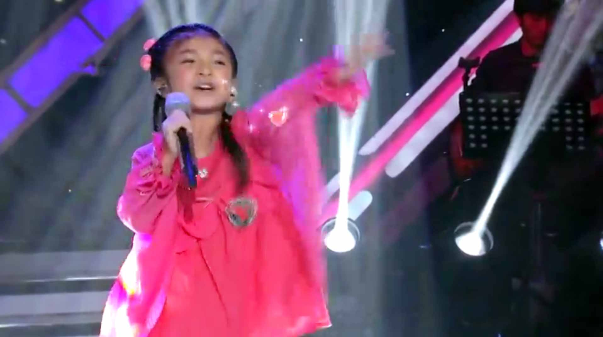 5-year-old Celine Tam - 'You Raise Me Up'
